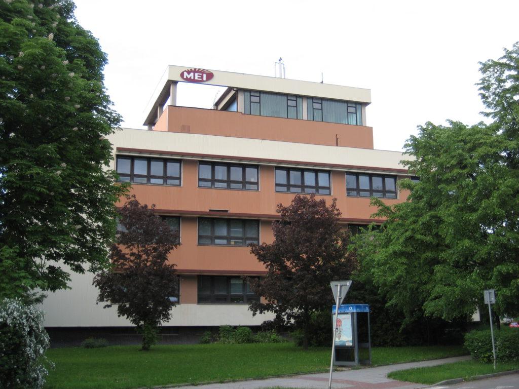 Kanceláře k pronájmu: Přerov, Šířava - exteriér 1