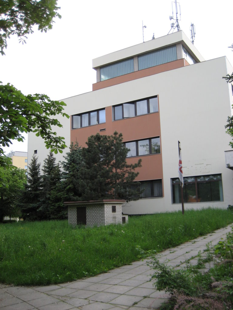 Kanceláře k pronájmu: Přerov, Šířava - exteriér 5